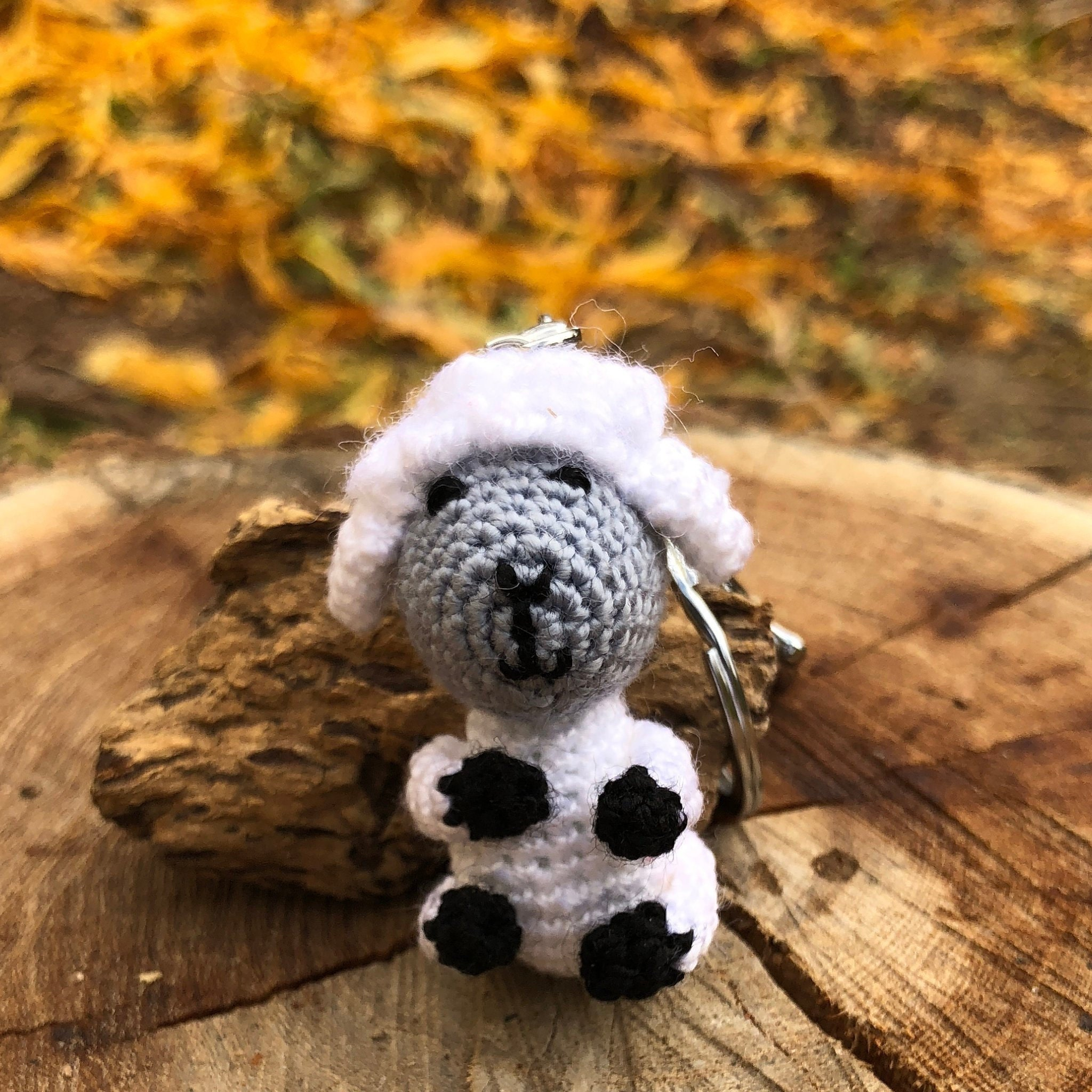 Sheep keychain – free crochet pattern | Crochet sheep free pattern ... | 2048x2048