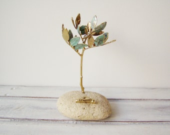 Schinus tree card holder, real schinus gold twigs on natural stone, electroplated gold branch card holder, schinus sculpture office gift