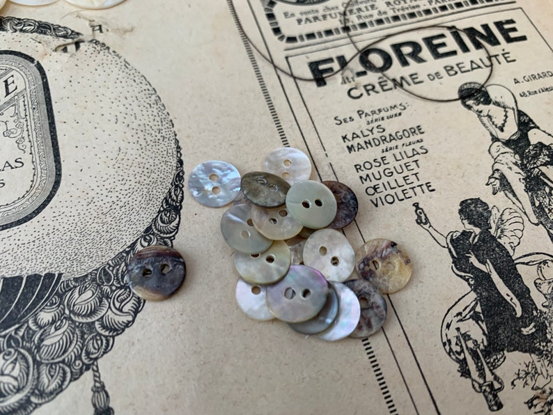 10mm shell buttons vintage style mother of pearl  buttons buttons set of 15 natural vintage