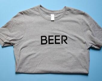 Women's Heather Grey Graphic T-shirt / Beer Tee