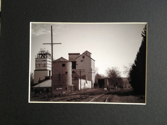 Photo Art Print Abandoned Grain Elevator, Horseheads NY Black and White 5x7 with 8x10 Matt