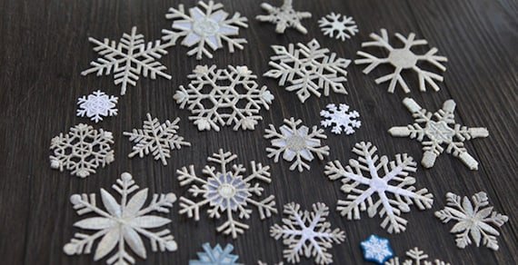Christmas cotton lace sew-on motif//appliqué//patch//craft//card making 3 Candles