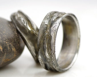Hand Forged Damascus Stainless Steel Rings And Jewelry Von Kredum