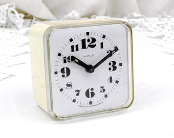 Vintage Mid Century Kiple mécanique réveil de l'Europe, Tchécoslovaquie Rotary rétro horloge, heure de l'Europe pièce de travail