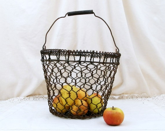 Round Antique French Country Kitchen Metal Wire Oyster Basket, French Country Decor, Retro Rustic Shabby Chic Kitchenware, Wireware France
