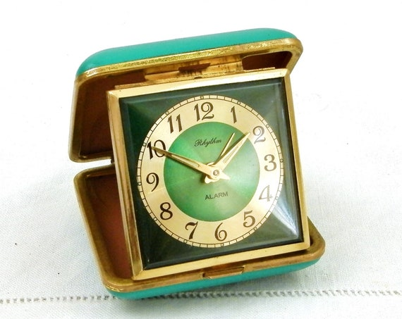 Working Vintage French Folding Turquoise Green Leather Travel Mechanical Wind Up Alarm Clock by Rhythm, Retro Bedside Traveling Timepiece