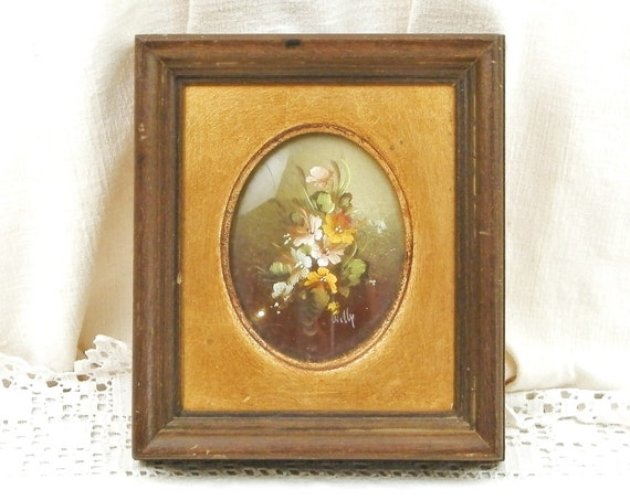 Small Vintage Hand Painted Signed Oil Painting of Flower Arrangement with Wooden Frame and Gold Gilt Mat, Retro Wall Hanging Picture Decor