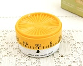 Small Working 1980s Vintage Tupperware 60 Minutes Kitchen Timer from France made of White Metal with Yellow Plastic Lid, Collectible Item