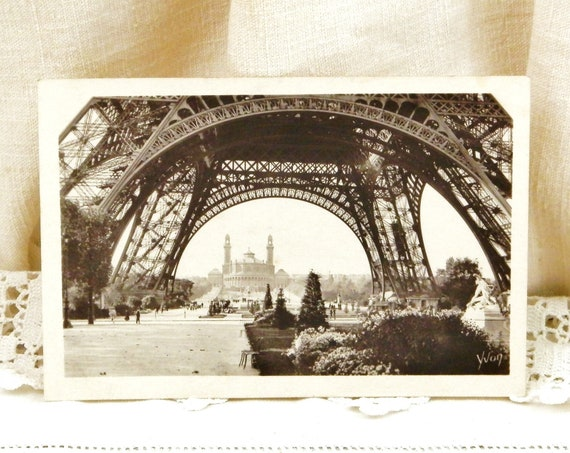 Antique French Unused Sepia Black and White Postcard View of the Eiffel Tower and the Trocadero in Paris, Parisian Decor, Deltiology France