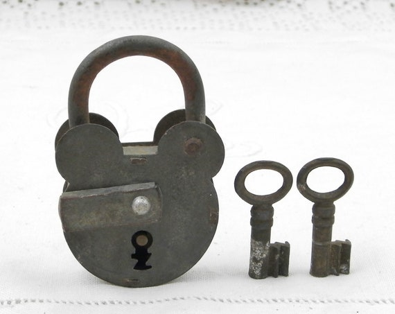 Antique Working French Zinc Metal Padlock with 2 Working Key, Retro Vintage Industrial Steampunk Decor, Mouse Lock from France, Old Brocante