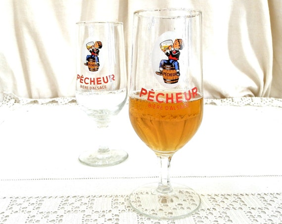 2 Vintage French Pecheur / Fisher Half Pint Stem Beer 25 cl Glasses, Retro Drinking from France, Biere d'Alsace Promotional Drinkware