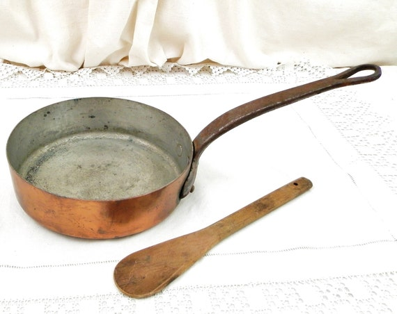Antique French Saute Pan Copper and Tin Lined Cast Iron Handle, Retro Old Chefs Cooking Fry Pan from France, Shabby Chateau Kitchen Cooking