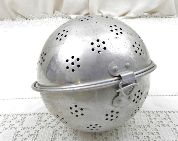 Vintage French Metal Rice Cooking Ball, Round Infusion Sphere made of Aluminum, Retro Brocante Country Cottage Kitchen Decor from France