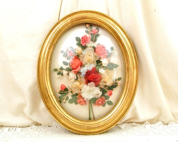 Large Vintage French Oval Gold Gilt Wooden Frame with Silk Flower Arrangement in a Domed Glass Lens, Big Retro Floral 3D Picture from France