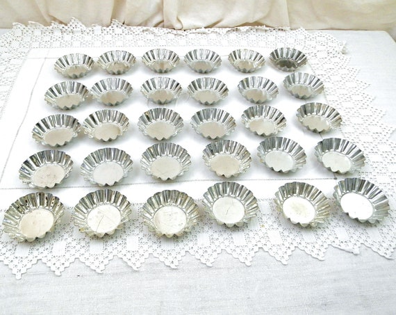 30 Vintage Metal Cupcake Pans from France, Set of Retro French Bakeware Small Molds, Muffin Oven Mould, Baking Accessories