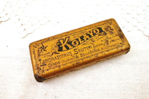 Small Rectangular Antique Lithographed Gold Colored Apothecary Tin for Kolayo, Vintage Medical Collectible Gold Metal Box, Retro Toleware