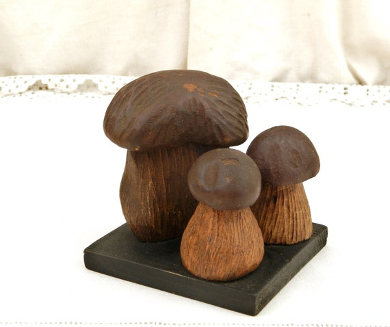 Vintage French Collection of Hand Sculpted Wooden Penny Bun Mushrooms, 3 Retro Porcini / Cep Fungi Art Pieces Made of Wood From France