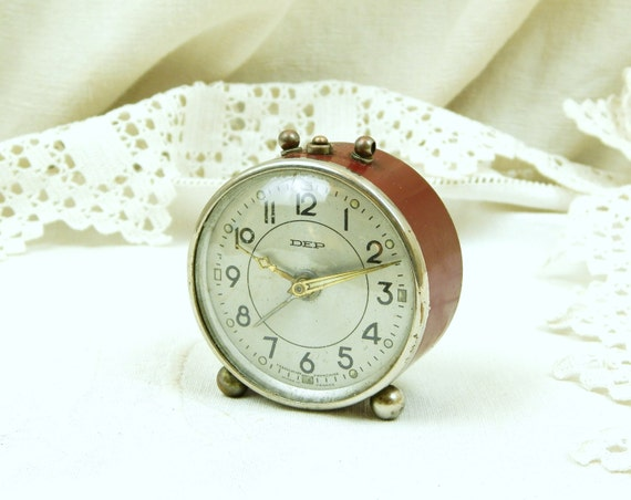 Small Working Vintage Mid Century French DEP Mechanical Alarm Clock, Old Wind-up Bedside Clock, Retro 1960s Time Piece from France, Brocante