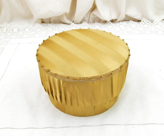 Vintage French Mid Century 1950s / 1960s Round Sandy Colored Satin Covered Jewelery Box, Retro Fleamarket Trinket Container from France
