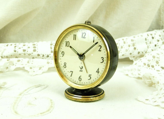 Small Working 1950s French Vintage Black Mechanical Jaz Alarm Clock, 50s Retro Wind Up Bed Side Alarmclock, 1960s Timepiece from France