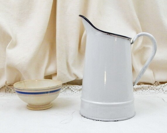 Antique French White Enamelware Water Pitcher in Good Condition, Country Cottage Farmhouse Enamel Jug from France, Shabby Retro Home Decor