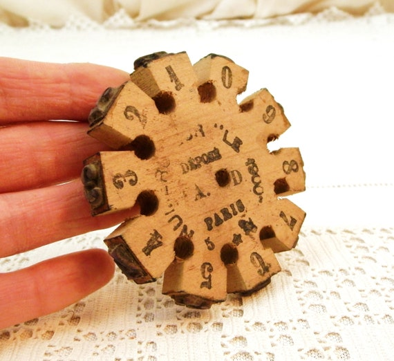 Antique French Number Printing Wheel made of Wood in Paris, Vintage Retro Printing Stamp Craft Tool, Typography Numerals from France