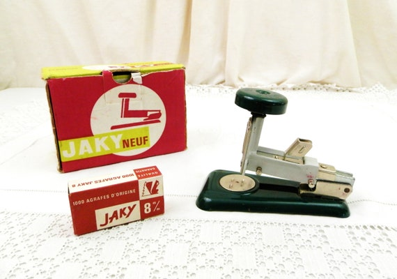 Vintage French Mid Century Industrial Metal Hand Green Stapler Jaky 60 with Original Box, Retro 1960s /1950s Desk Office Decor from France