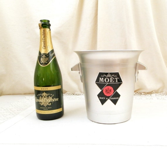 Vintage French Moet et Chandon Champagne Silver Colored Brushed Metal Ice Bucket, Retro White Wine Bottle Cooler from France