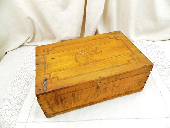 Large Antique French Pine Wood Rice Starch Box Amidon au Chat, Retro Wooden Box from France, Brocante Fleamarket Country Cottage Home Decor