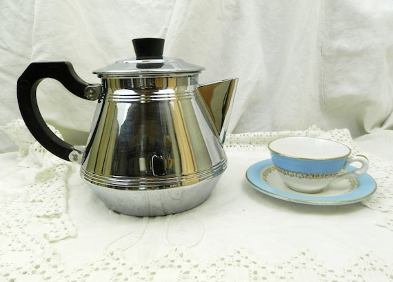 Vintage French Art Deco Chrome Plated Copper Cafetière / Coffee Pot / Tea Pot, Retro 1930s Metal Kettle with Bakelite Handle from France