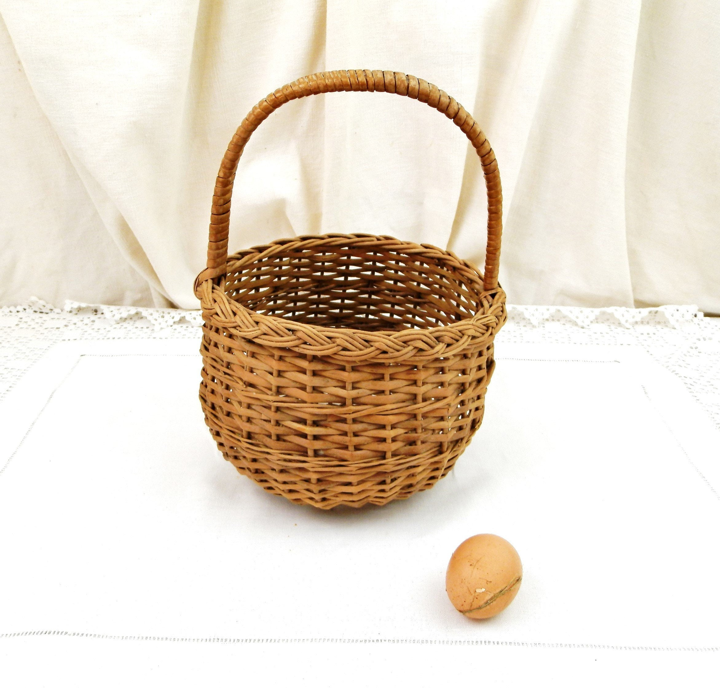 Vintage French Woven Wicker Round Basket With Top Handle Retro Shabby Chateau Chic Basketware From France Country Farmhouse Cottage Decor