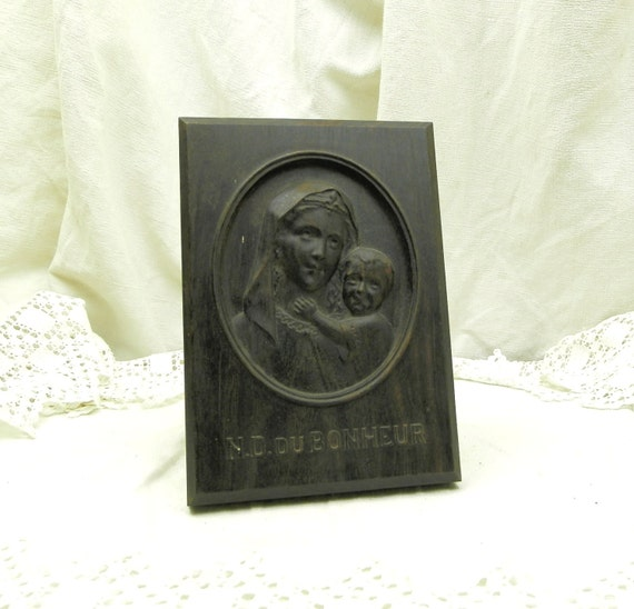Vintage French Carved Wooden Picture of Virgin Mary and Child Notre Dame du Bonheur, Religious Bas Relief made of Wood, Catholic Religion
