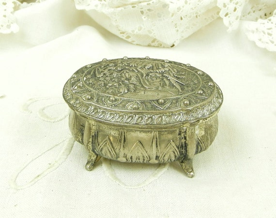 Vintage French Metal Trinket Box Depicting a Romantic Scene, Retro Brocante Boudoir Decor Silver Colored Footed Jewelry Box from France