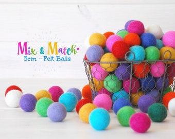 3CM & 4CM Felt Balls