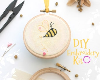 Bumblebee Embroidery Patterns - DIY Embroidery Kit - Kid's Cute Stitching Patterns - DIY Beginners Stitching Kit - Iron On Bumblebee - DIY