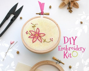 Pink Flower Embroidery Patterns - DIY Embroidery Kit - Cute Stitching Patterns - DIY Beginners Stitching Kit - Iron On Pink Flower #2 - DIY