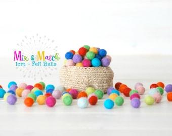 1CM & 1.5CM Felt Balls