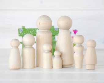 Family of 8 Wooden Peg Dolls - Unfinished Wooden People - Large Family wooden peg dolls - Set of 8 - Wooden Family - DIY Crafts