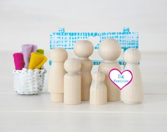 5 Families of 6 Wooden Peg Dolls - Unfinished Wooden People - Medium Family wooden peg dolls in a Muslin Bag - 30 dolls - DIY Crafts