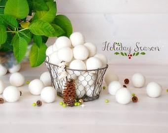 25 Felt Balls - 4CM Wool Felt Balls - 100% Wool Felt Balls - (4cm/40mm) Holiday Season Felt Balls - Decor Felt Balls - Christmas Felt Balls