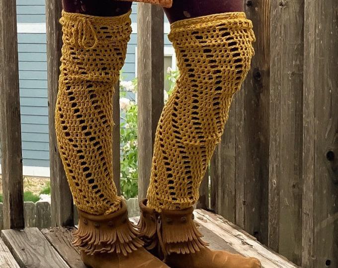 Crochet Pattern - Spiral Leg Warmers Pattern // Crochet Footless Stockings Tutorial // Crochet Spats // Over the Knee Legwarmers