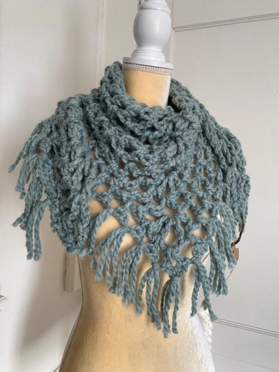 Seafoam Crochet Bulky Triangle Scarf With Fringe // Chunky Bandana Cowl // Wool Blend