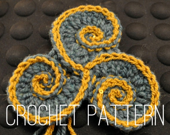 Crochet Pattern - Triskelion // Freeform Crochet Spiral Motif DIY Applique