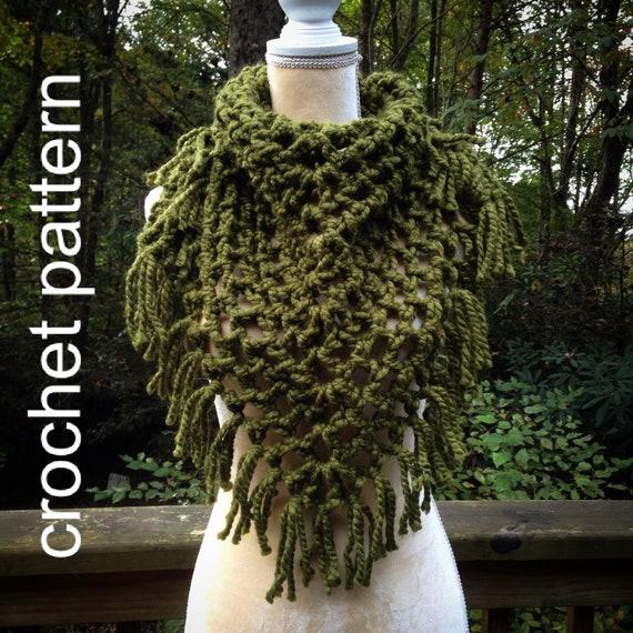 Crochet Pattern - Triangle Fringe Scarf Bulky Bandana Cowl Chunky Beginner Winter Scarf // Blue Ridge Bandana Cowl Pattern