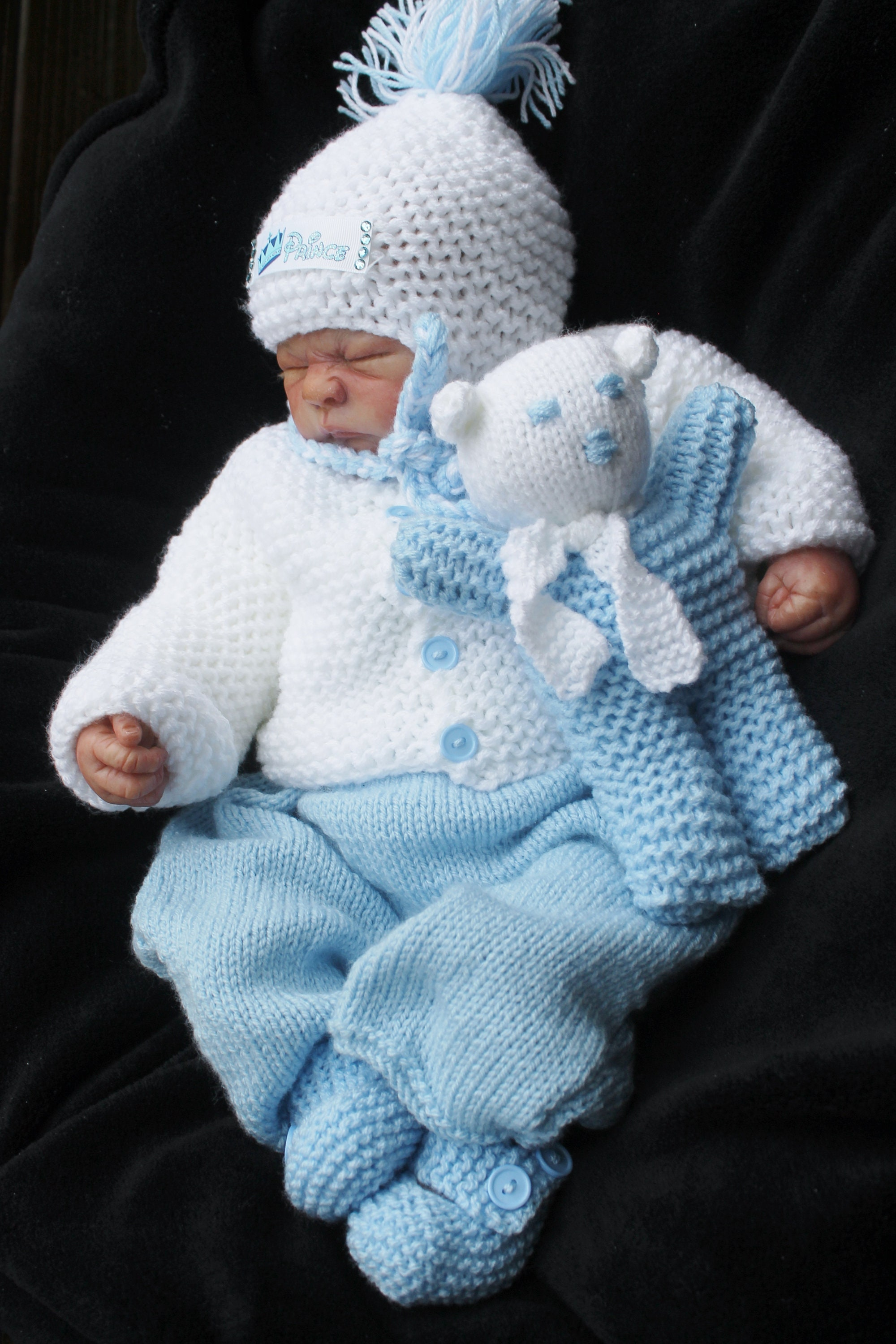 3-6m /& 6-12m unique hand knitted baby boys cardigan//jacket /& hat newborn 0-3m