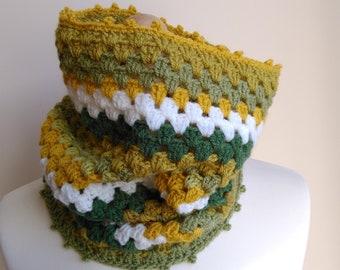 Crochet Cowl- Crochet Neck Warmer- Striped Cowl- Crochet Snood- Crochet Scarf- Women/Men Scarf- in Olive-Green, in Teal