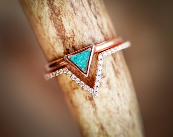 Woman's Triangle Band with Turquoise and Diamond V-Shape  - Staghead Designs