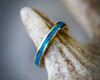 14K Yellow Gold Wedding Band Featuring Blue Opal - Staghead Designs