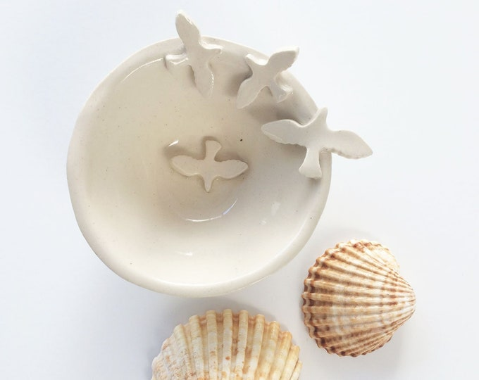 Small ring dish with flying birds - jewelry dish  - white stoneware - handmade ceramics - ring holder - rustic home decor -housewarming gift