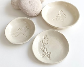 Nature jewelry dish - small ceramic plate set - dragonfly ring holder